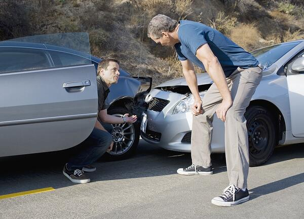 Knee injuries are very common during car accidents