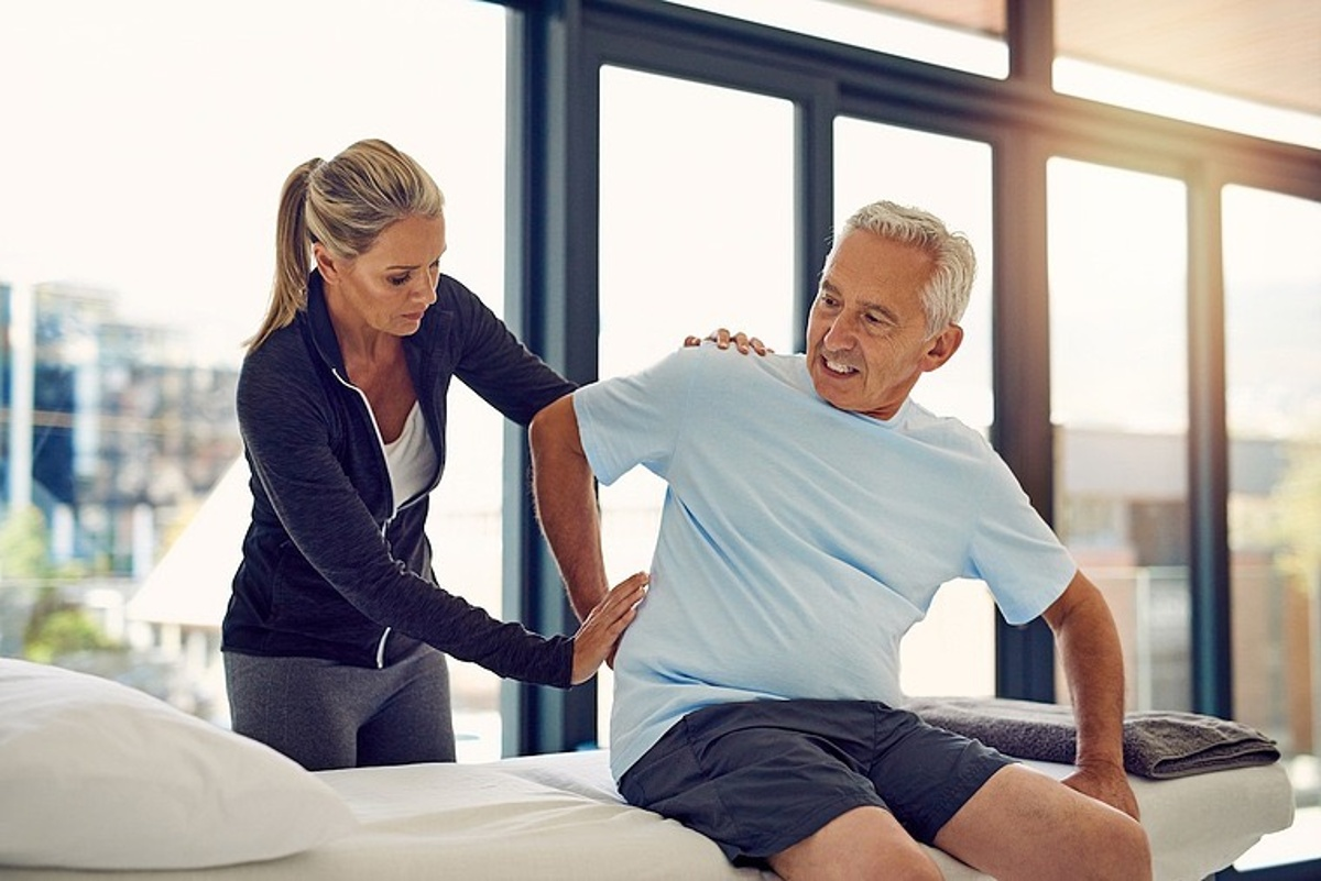 How does chiropractic care fix low back pain?
